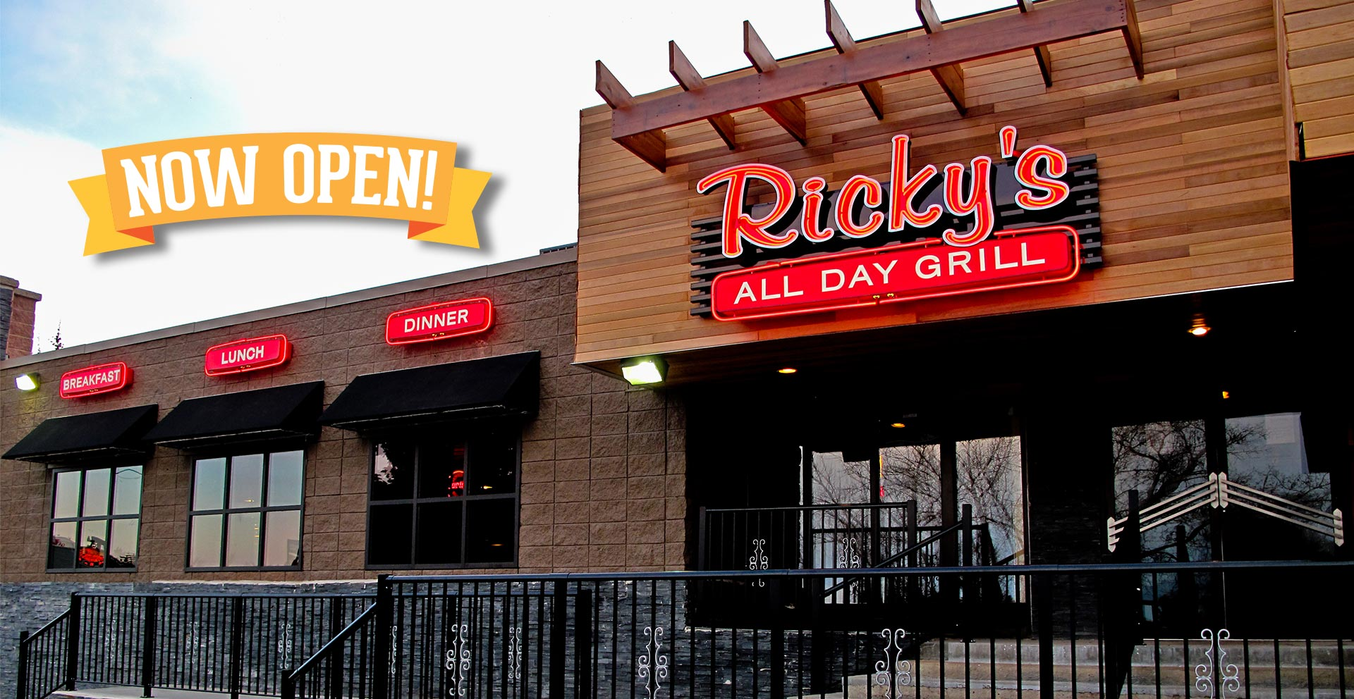 The newest Ricky's All Day Grill is open in Brooks, AB! Conveniently located next to the Motel 6 Brooks. Enjoy breakfast, lunch & dinner at this great location.